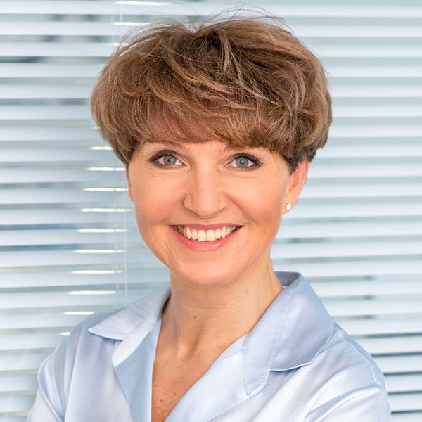 Dr Astrid Fontaine (UK)